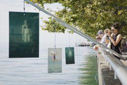 """""""We Splash"""" de Edoardo Delille, scénographie scénographie de l'ECAL/Ecole cantonale d'art de Lausanne Stefano Calia et Keenan Rush. Photo © Céline Michel / Festival Images Vevey 2016"""