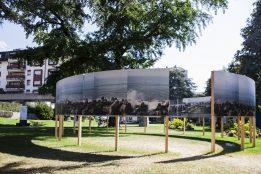 """""""Vues de Tohoku"""" de Michel Huneault au Parc du Panorama. Photo © Diana Martin / Festival Images Vevey 2016"""