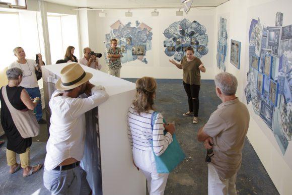 Rencontre avec Cristina de Middel dans son exposition